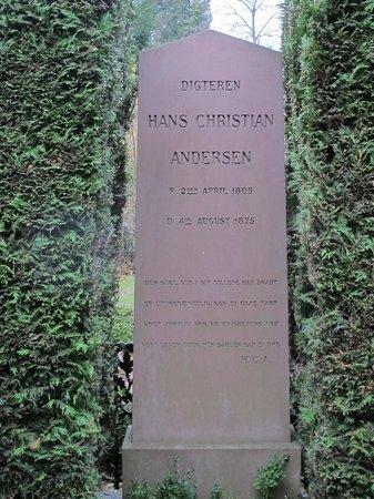 Assistens Cemetery: Hans Christian Anderson gravestone