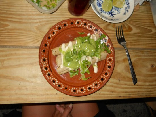 Casa Hule: TACOS MMM