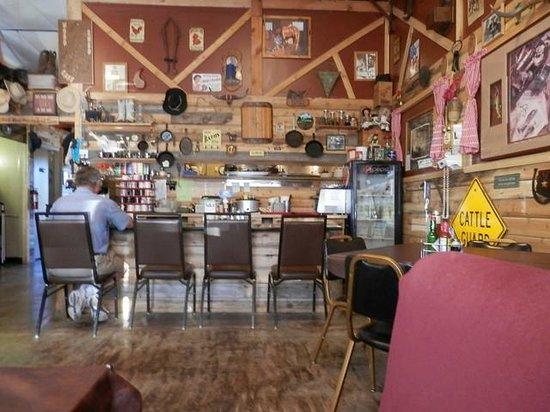 Woodshed Cafe : Counter