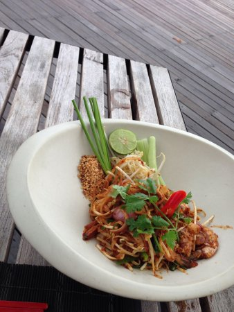 The Library: Phad Thai