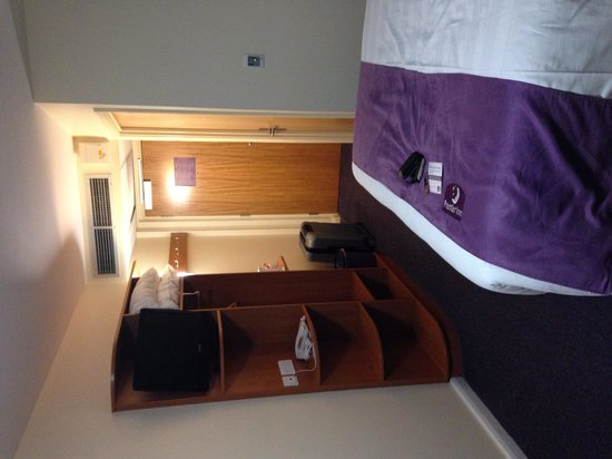 Premier Inn Manchester Airport (M56/J6) Runger Lane North: Bedroom