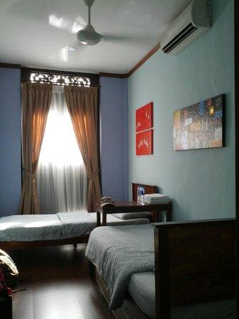 Cafe 1511: room