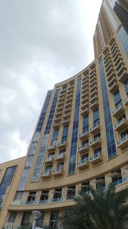 Address Dubai Marina: View of hotel
