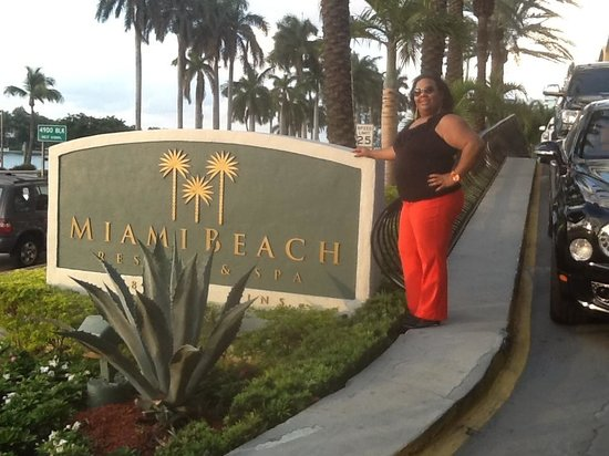 Miami Beach Resort and Spa: ARRIVING