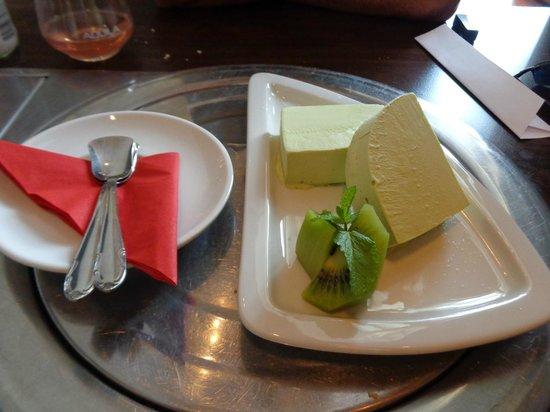 Hanabi Sushi House: Great tea icecream, very natural and tasty