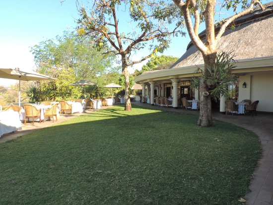 Ilala Lodge: Al fresco dining