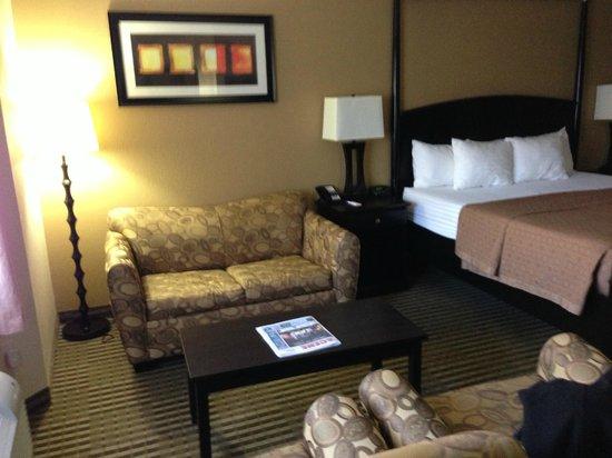 Desert Quail Inn: Room