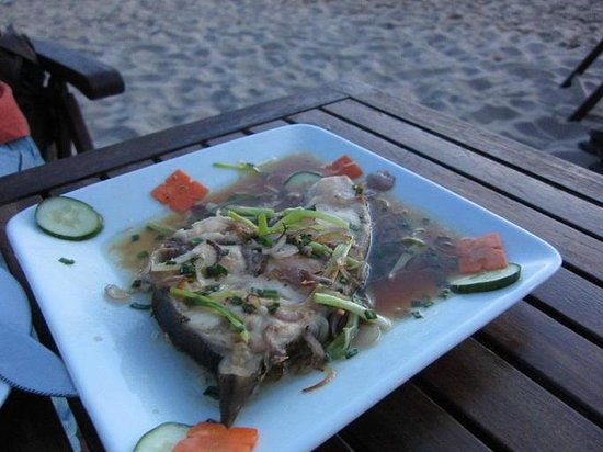 Phuong Binh House: Fish with onion