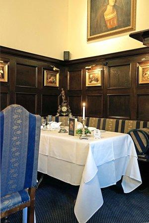 Burghotel Auf Schönburg: Dining Room