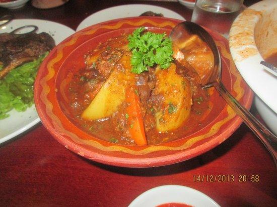 Bahdja Restaurant: Mthewma (Tajine)