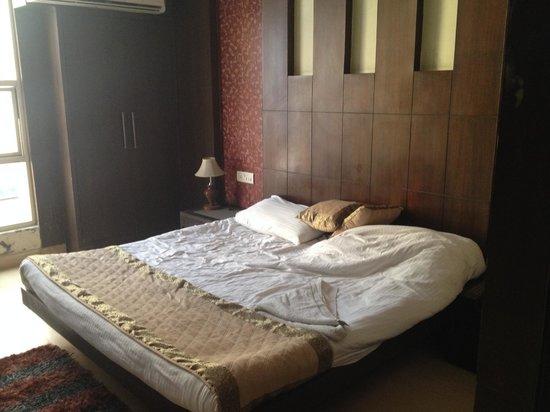Hotel Shelton: Bed