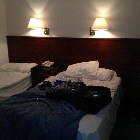 Hotel Neptuno: Habitacion