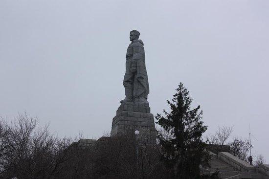 Alyosha Soviet Army Memorial: алеша