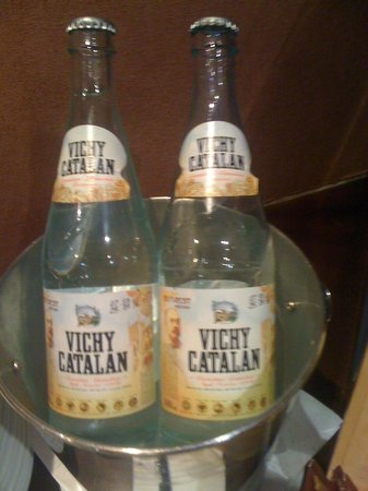 BCN Urban Hotels Gran Ronda: Acqua di Vichy Catalana