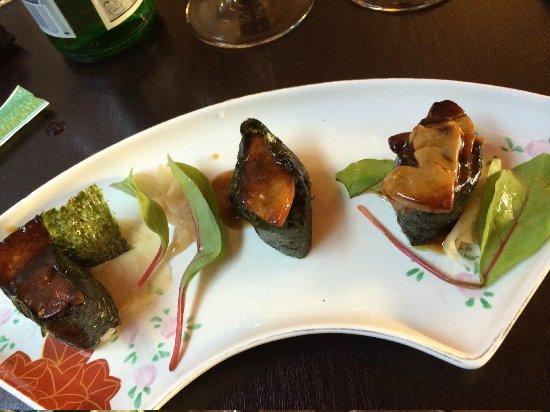 Chez Oki : Sushis tièdes