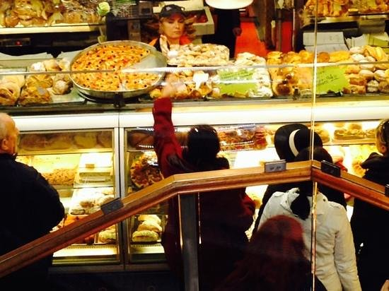 QuodLibet : 24-hour bakery next door