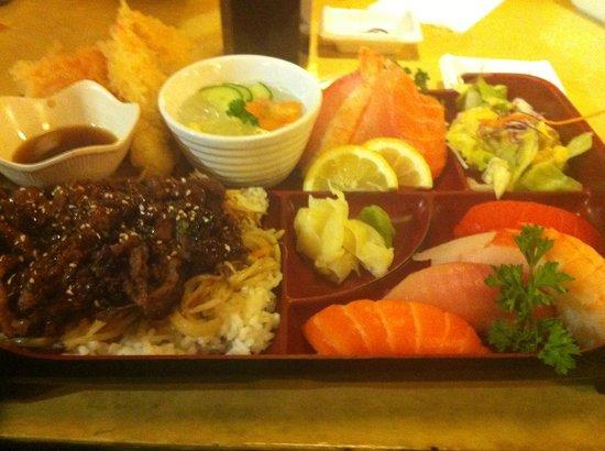 Namoo Sushi: Dinner Box B