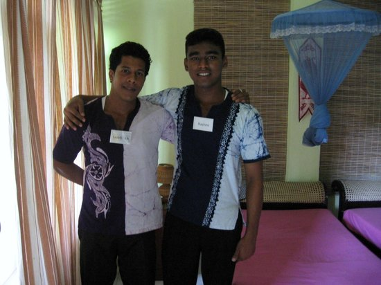 Life Ayurveda Resort: Bei diesen Roomboys gab es Top Service!