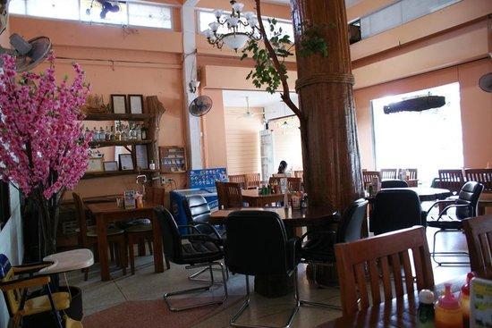 Tara Bed & Breakfast: Tara Cafe' and Restaurant