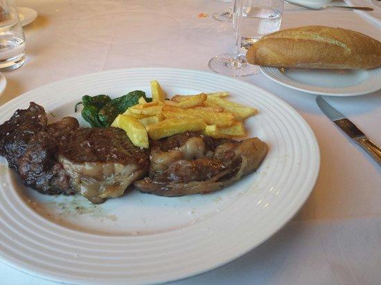 Hosteria de Adarzo: Entrecot vaca de  cantabria