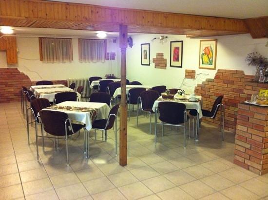 Bai Panzio: Breakfast Room