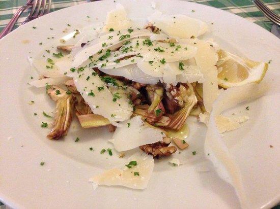 Osteria del Beuc : Carciofi con le noci e parmigiano.