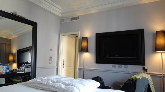 Leon's Place Hotel : Room