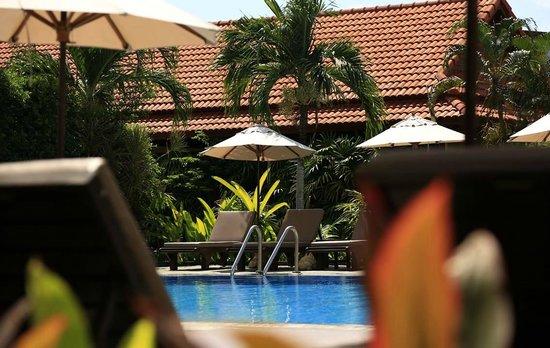 Smile House Resort: Ближний бассейн