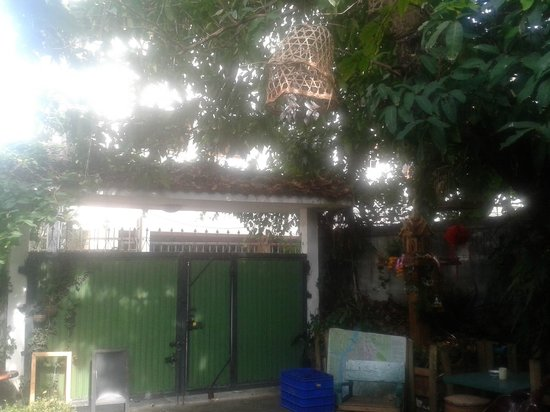 Baan Tepa : A view from inside