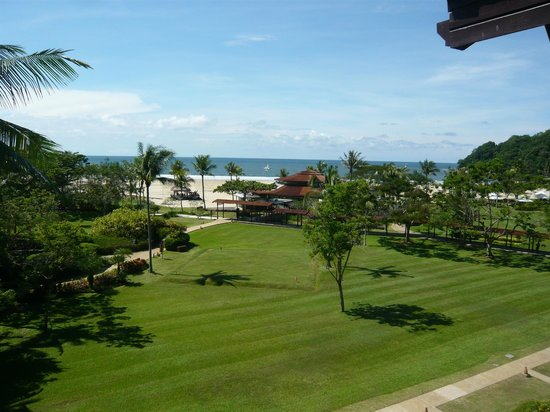 Shangri-La's Rasa Ria Resort & Spa : View from balcony