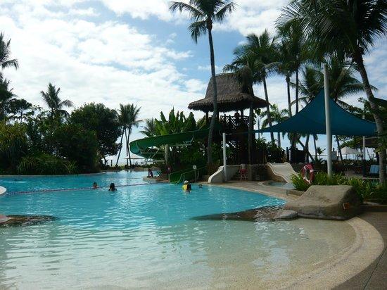 Shangri-La's Rasa Ria Resort & Spa: Beautiful pool of Garden Wing
