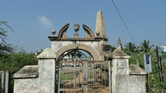 Nellore District, India: Dutch - cemetry