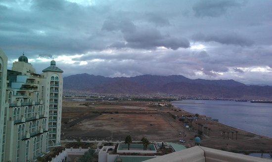 Herods Vitalis Spa Hotel Eilat : view to the palace :)