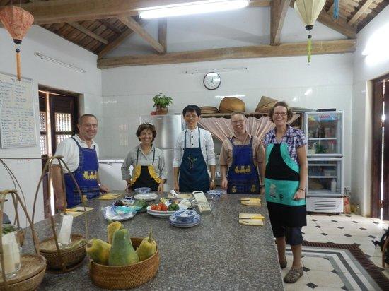 Moon Garden Homestay: cooking class