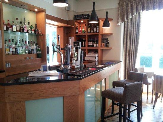 Hathway Restaurant: The lounge bar