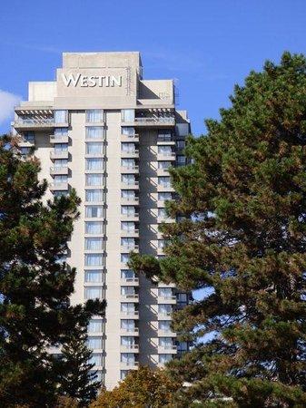 The Westin Prince Toronto: Corner rooms galore.