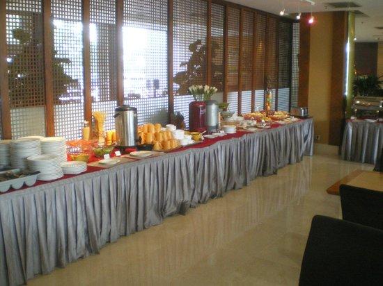 BEST WESTERN Grandsky Hotel Beijing: Frühstücksbuffet