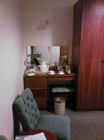 Beaulieu Hotel : Bed1