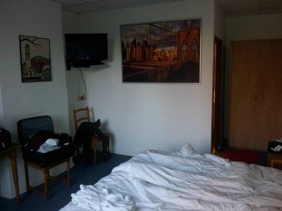 Hotel Mille Colonnes: habitacion