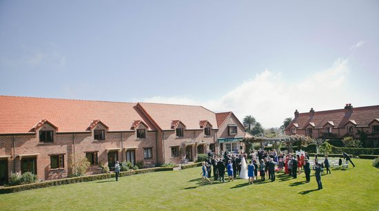 Grand Mercure Nelson Monaco Apartments: Lafferty Wedding Sept 2013