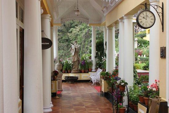 Mayfair Darjeeling: Near the reception