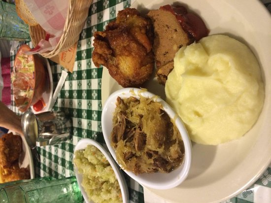 Good 'N Plenty Restaurant : Dutch sampler