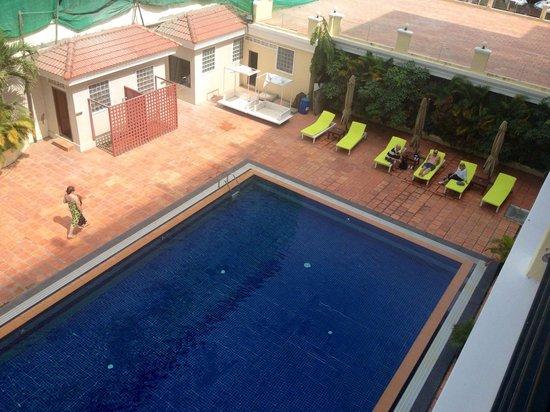 Serendipity Beach Resort : Pool