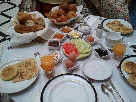 Dar Dalila: El desayuno!!
