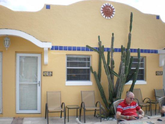 Gulf Tides Inn : My Efficiency