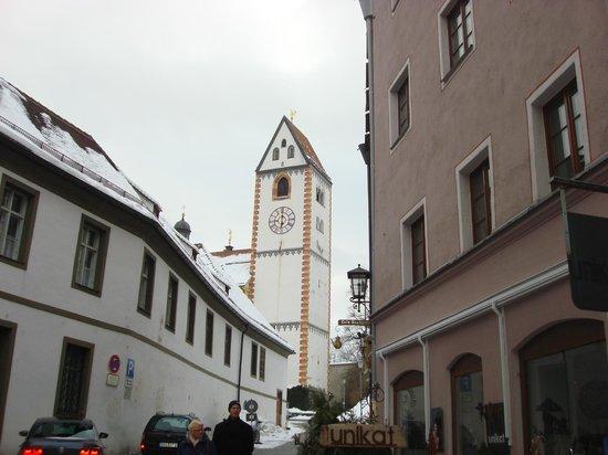 Altstadt von Fuessen: часы на башне