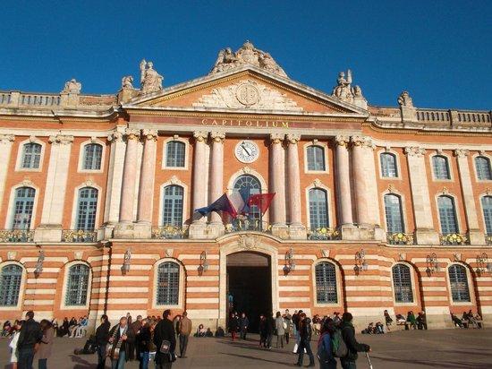 Capitole : Вид на здание