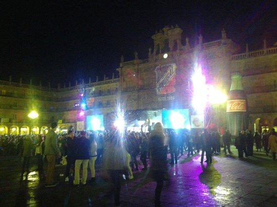 Salamanca's Plaza Mayor: La piazza durante la nochevieja