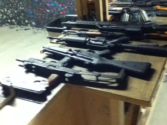 Celeritas Shooting Club: Selection of automatic weapons