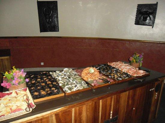 """Royam Hotel: repas thème """"poissons"""""""